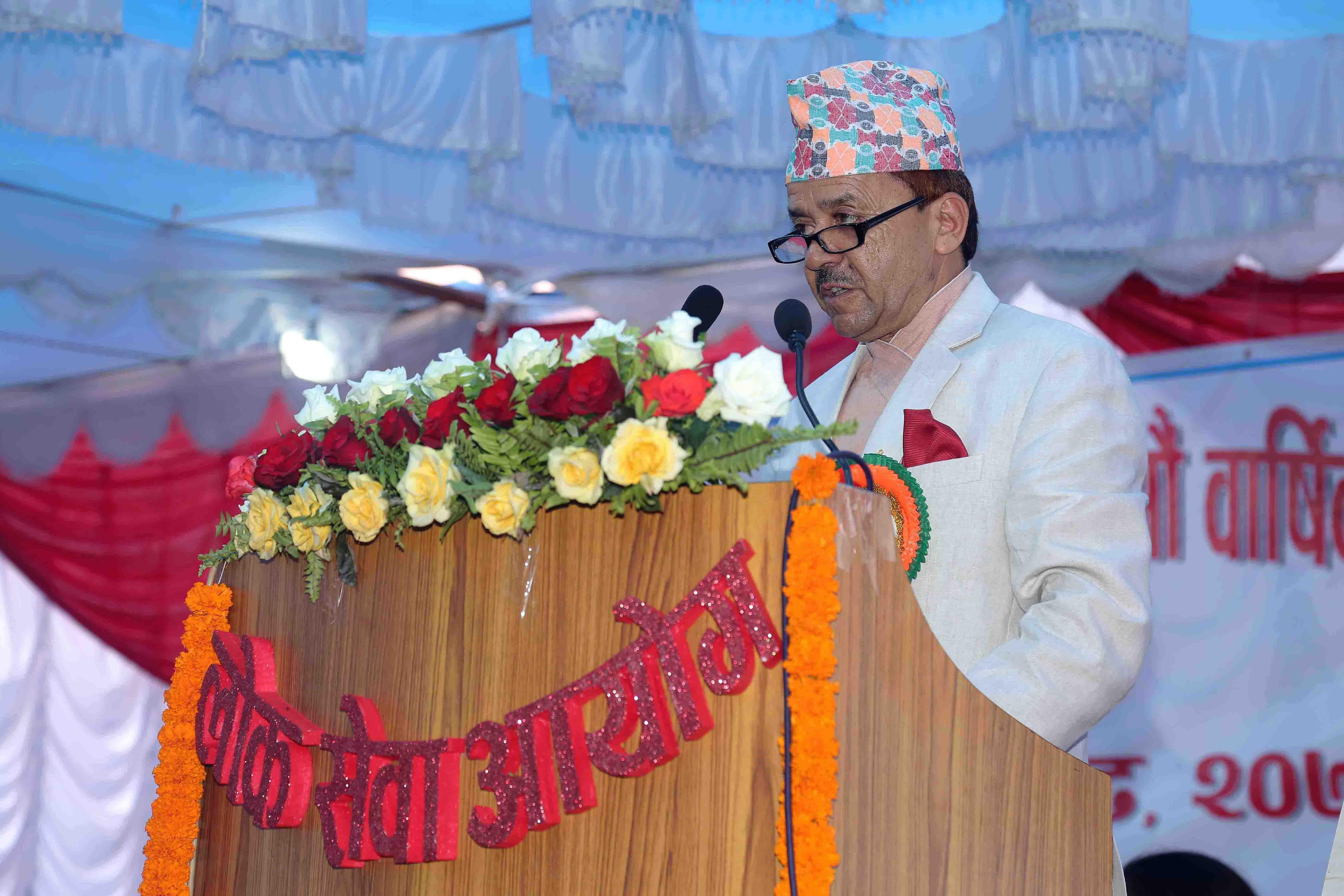 ६६ औं वार्षिकोत्सवमा आयोगको भुमिका तथा भावी योजना प्रस्तुत गर्नुहुँदै अध्यक्ष श्री उमेशप्रसाद मैनाली